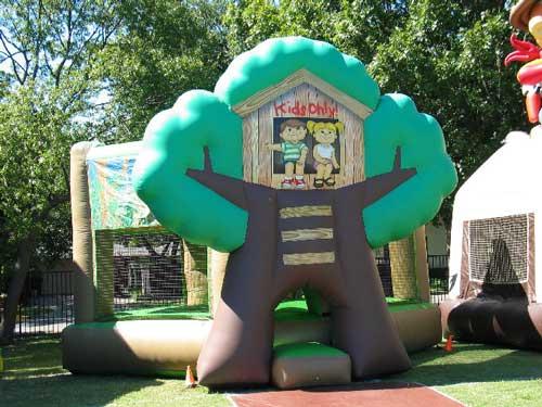 tree house bounce house