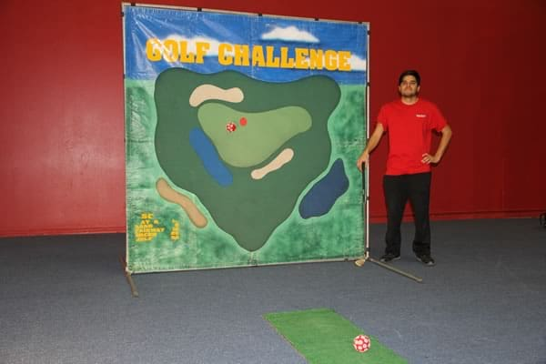 golf frame carnival game