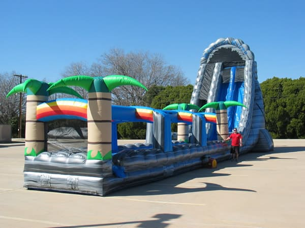 27 ft tall roaring river water slide