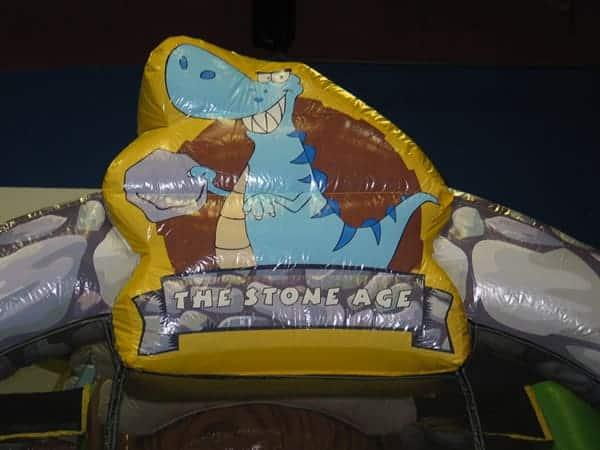 stone-age-funhouse-009