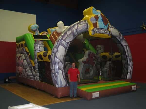 stone-age-funhouse-013